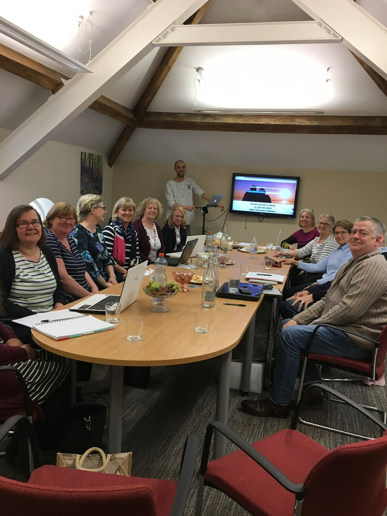 Boostly Mark Simpson with Farm Stay members in June 2018
